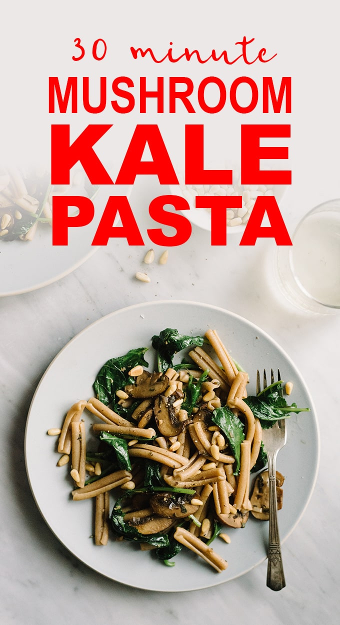 An easy, nutritious dinner in 30 minutes or less? Yes, please! This mushroom and kale pasta is a fast and easy vegetarian or vegan dinner that's packed with flavor. #vegan #vegetarian #mushrooms #pasta #kale #30minutesorless
