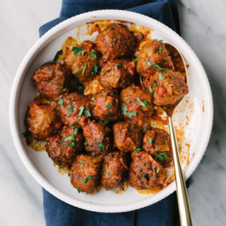 Paleo Turkey Meatballs with Marinara