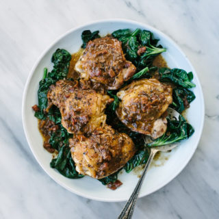 One Pan Sun-Dried Tomato Chicken Thighs
