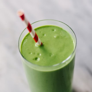 My Go-To Mango Spinach Smoothie